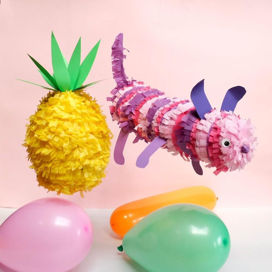 Pyssel med Pinatas av ballonger och silkespapper