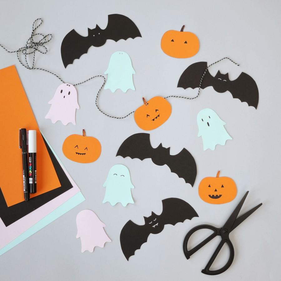 Pyssel med halloweengirlang i papper