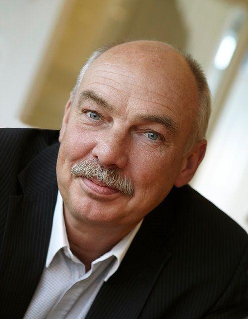 Porträttbild på Rolf Frid