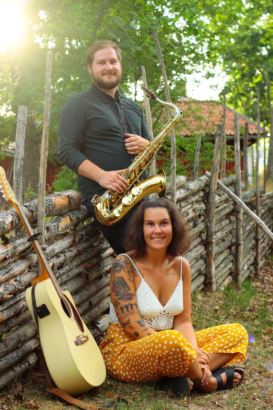 Saxofon, gitarr, musik