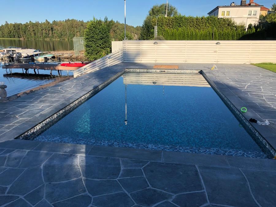 Gjutning av pool i Bromma