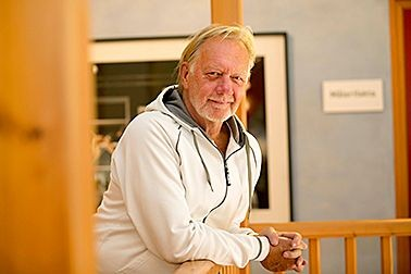 Anderberg Media hyr kontor på Koja Kontorshotell, i Halmstad, Halland. Bosse är känd för sin rollfigur Gustav och Hans fredagsfräckis.