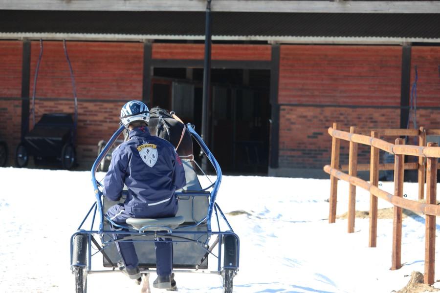 I Sala på Solbacken Gård i Västmanland hittar du Oskar J Andersson och OJA Racing.
