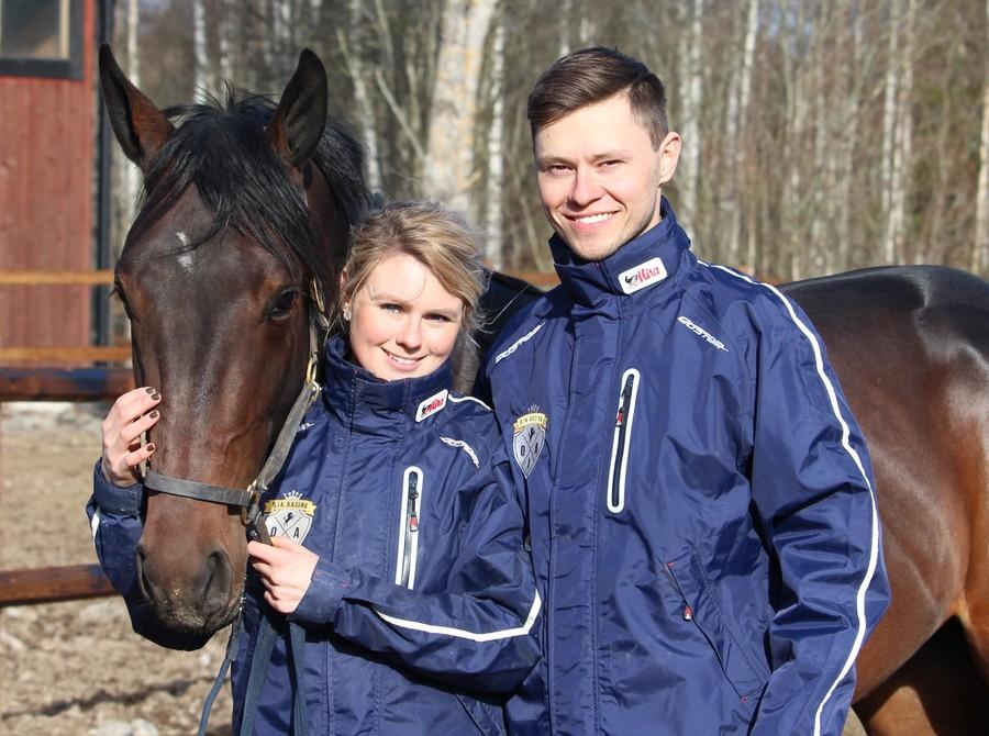Oskar J Andersson är travtränare i Sala och driver OJA Racing ihop med sambo Paula Pettersson.
