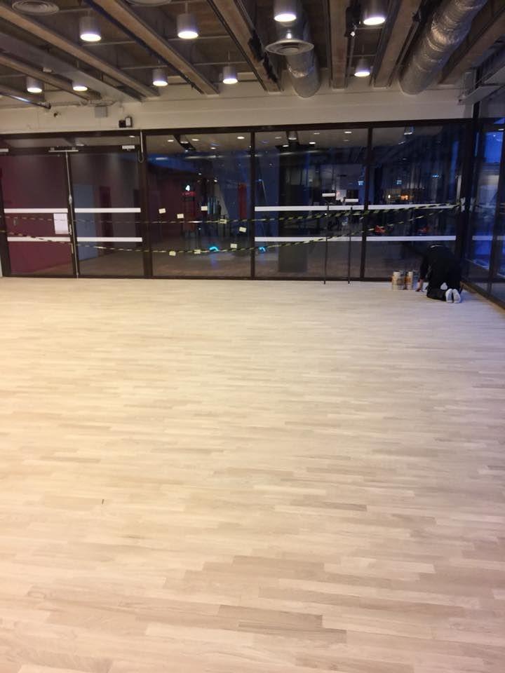 golvläggning,parkett,trägolv,golvläggare,stockholm,haninge,nynäshamn, stavparkett