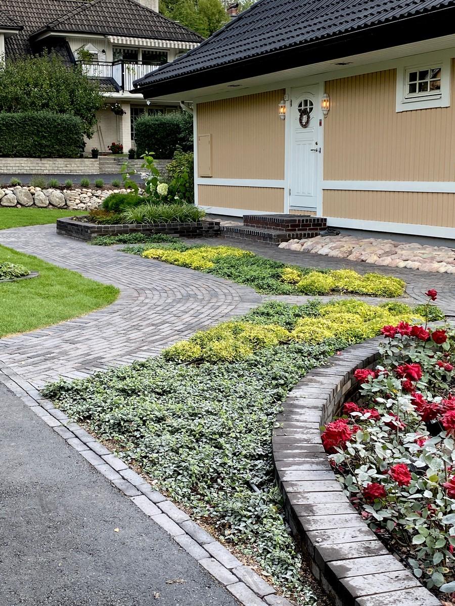 Wägerths trädgårdsdesign marktegel trädgårdsplanering  trädgård plantering tegelgång