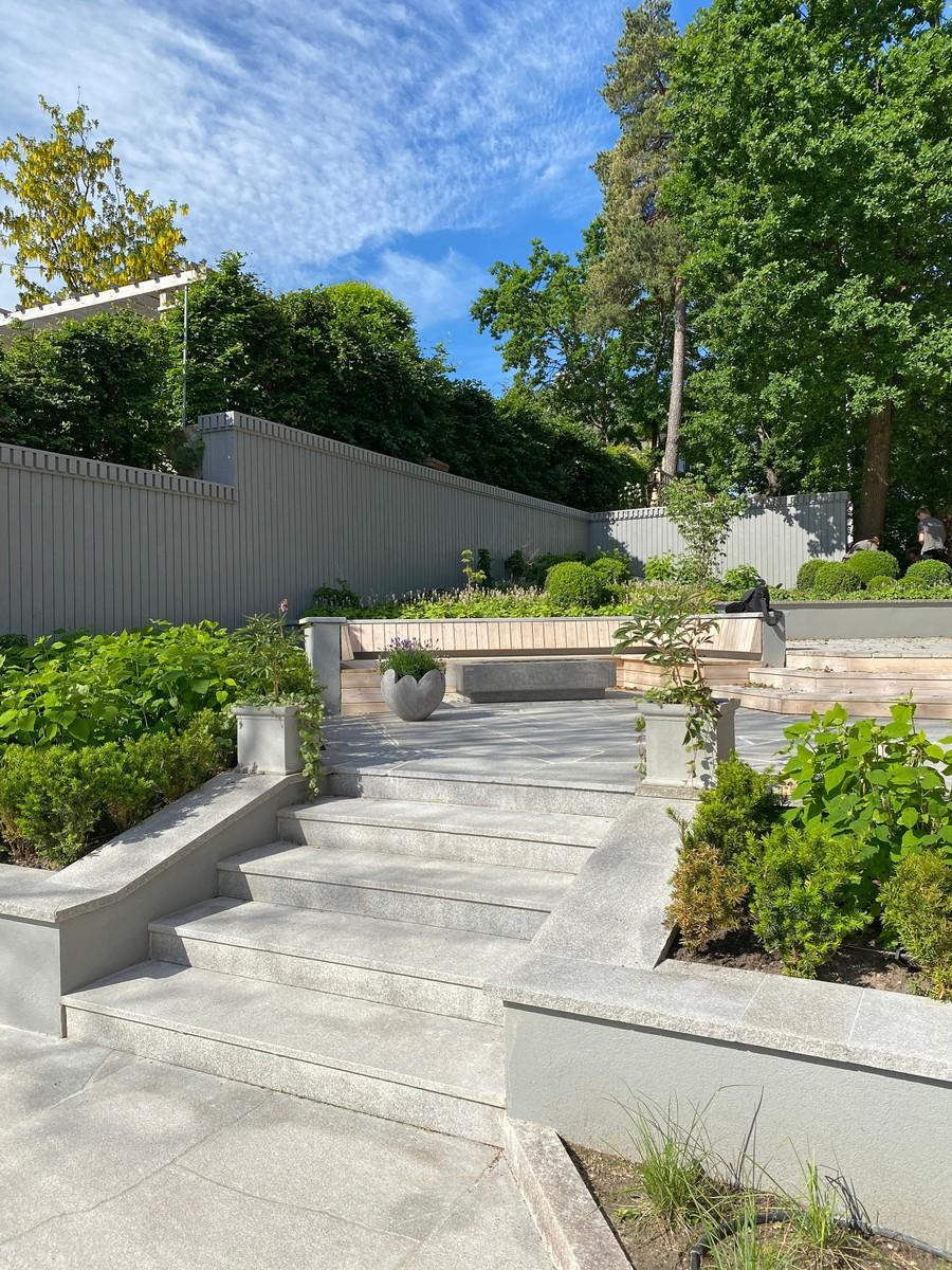 Wägerths Trädgårdsdesign trädgårdsarkitekt trädgårdsritning trädgårdsvy trädgårdsidé ny trädgård altan uteplats trall stengång bohusgranit mur trappa