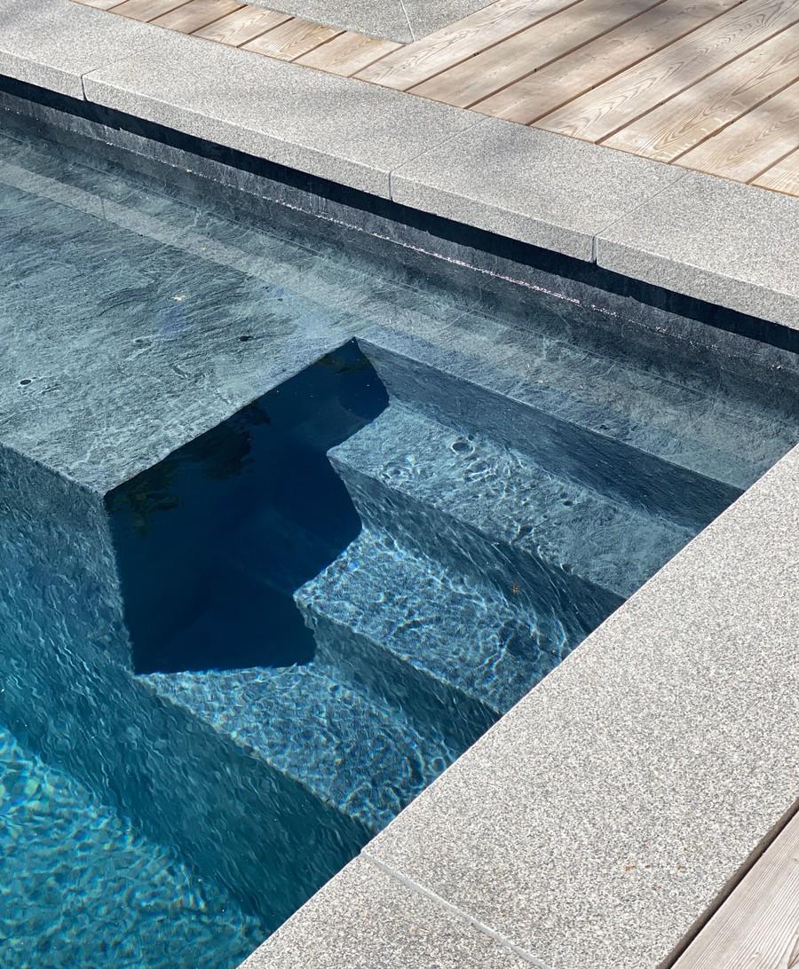 Wägerths Trädgårdsdesign trädgårdsarkitekt trädgårdsidé ny trädgård stenmur bohusgranit pool liner granitkantsten trall organowood