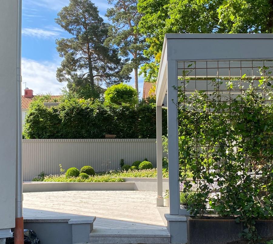 Wägerths Trädgårdsdesign trädgårdsarkitekt trädgårdsidé ny trädgård altan uteplats pergola spaljé trall plantering